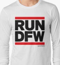 Run Dallas-Ft. Worth DFW (v1) T-Shirt
