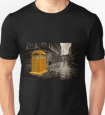 Golden Tardis  Unisex T-Shirt