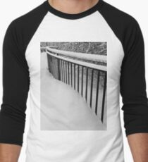 Snow Standing Fence Men's Baseball ¾ T-Shirt