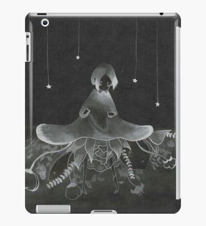 Capullo (b) iPad Case/Skin