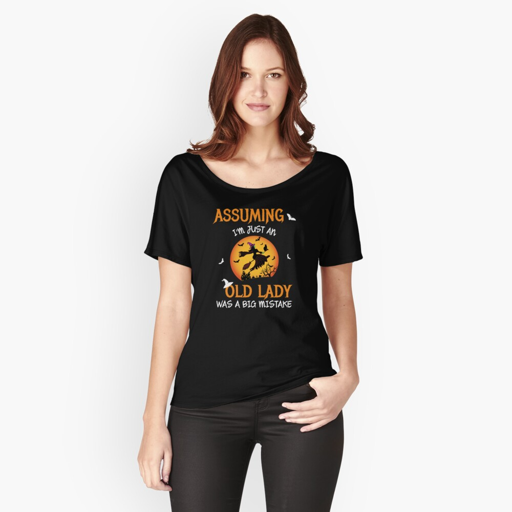 Old Lady Witch Broomstick Black Cat Bats Spider. Relaxed Fit T-Shirt