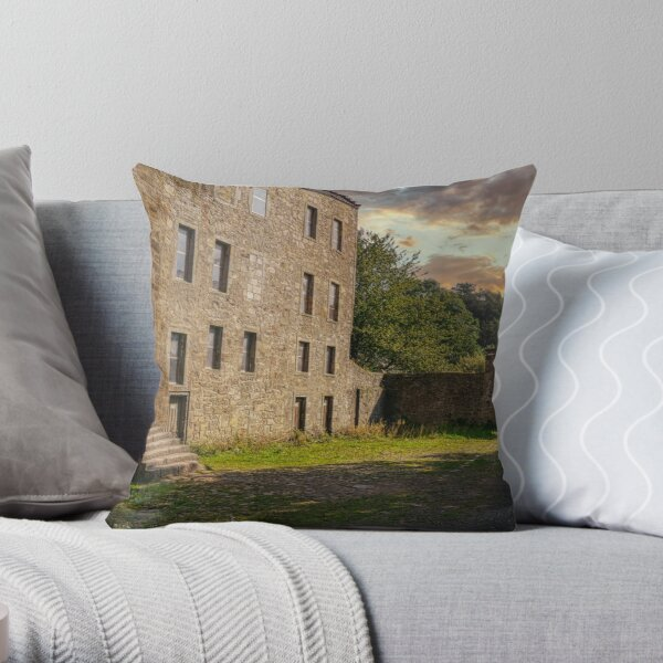 Midhope Castle - Lallybroch Outlander Scotland Throw Pillow