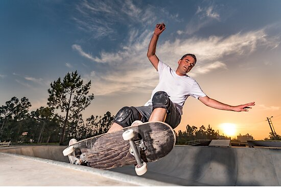 Skateboarder in a concrete pool  by homydesign