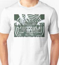 Manipulation  T-Shirt