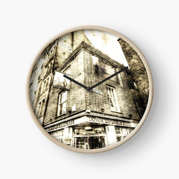 Town Of Ramsgate Pub London Vintage Clock