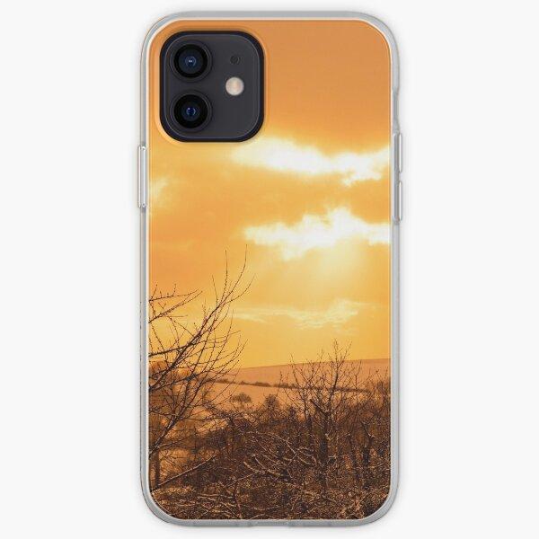 Paysage jaune, coucher du soleil et arbres Coque souple iPhone