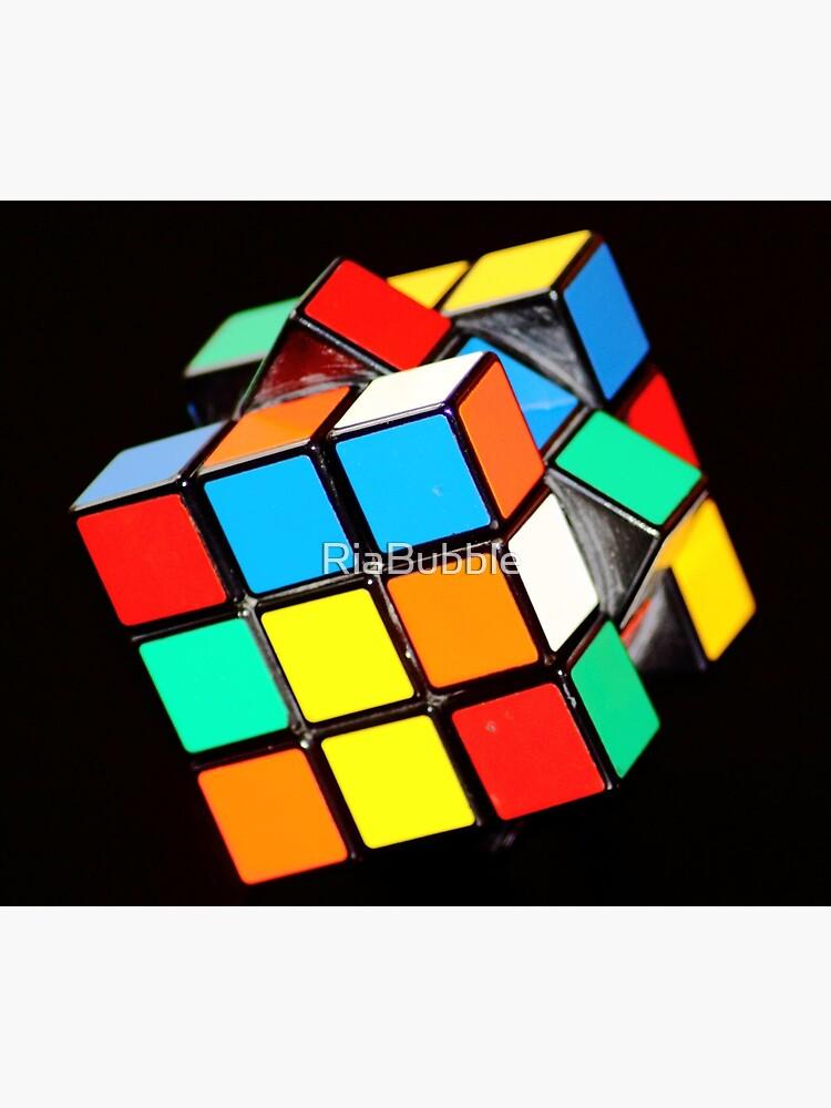 Rubiks Cube by RiaBubble