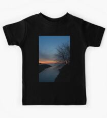 Waiting for Dawn - Lakeside Blues and Oranges Kids Tee