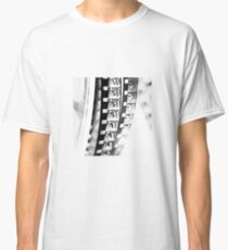 captured memories Classic T-Shirt