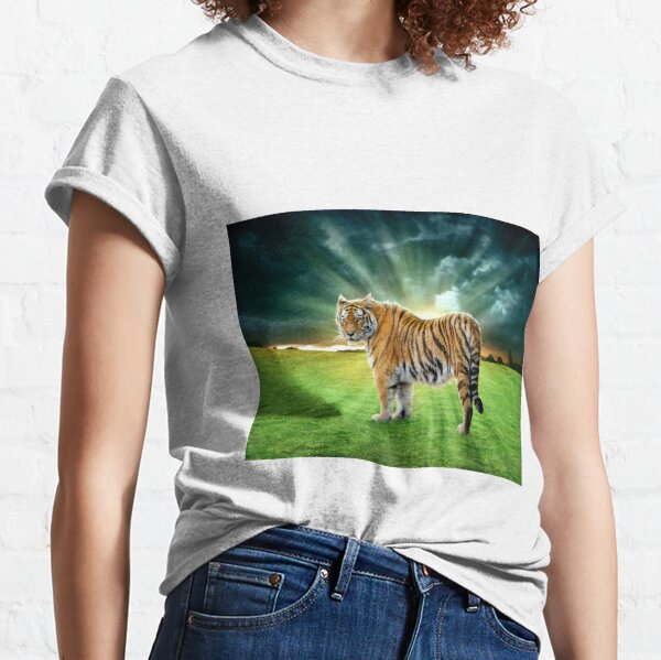 Let's Walk Towards The Sun, Said The Tiger Classic T-Shirt