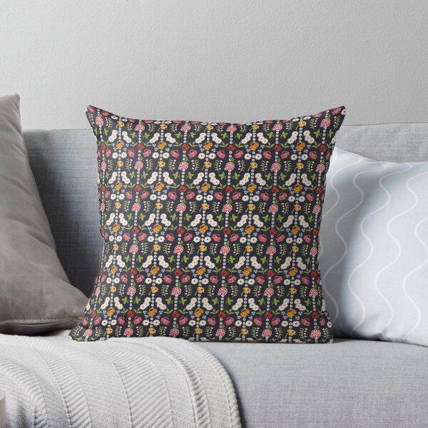 Kyjovske folklorni zastera / Kyjov floral apron small print Throw Pillow