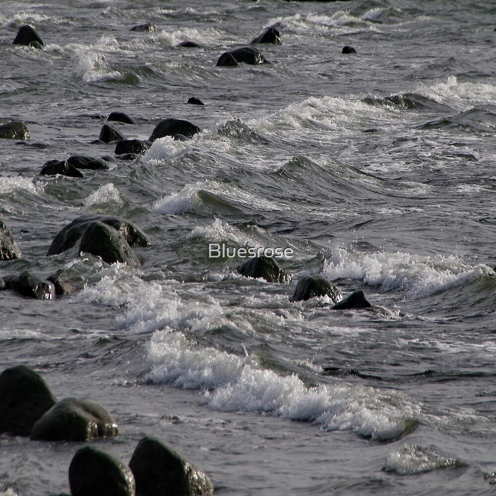 Restless sea by Bluesrose