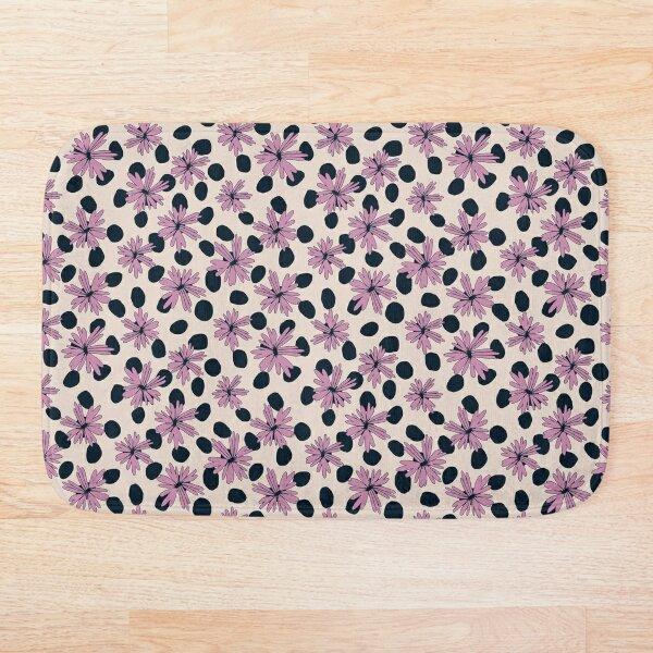 Daisy Dots Bath Mat