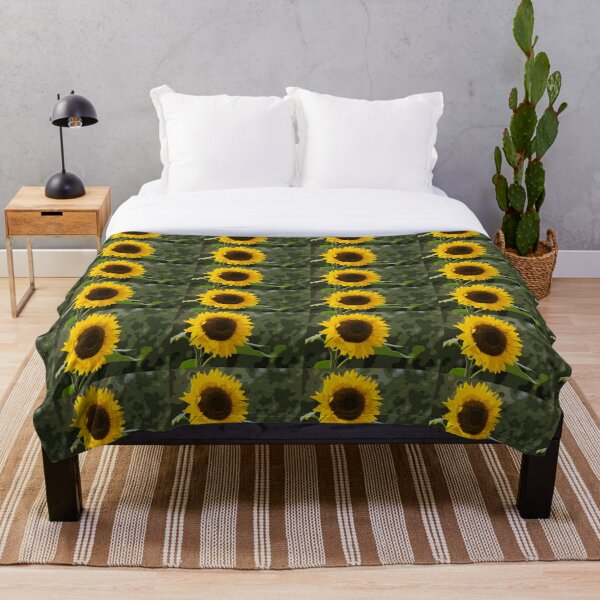 Oh Look !! Another Sunflower !!!! Throw Blanket