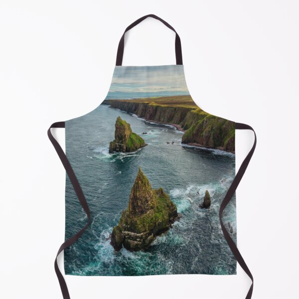 Duncansby Head Coastline and Stacks Apron