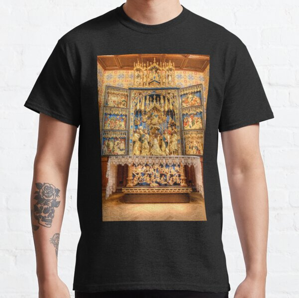 Carvings of Gold Classic T-Shirt