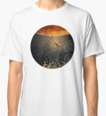toward the sun Classic T-Shirt