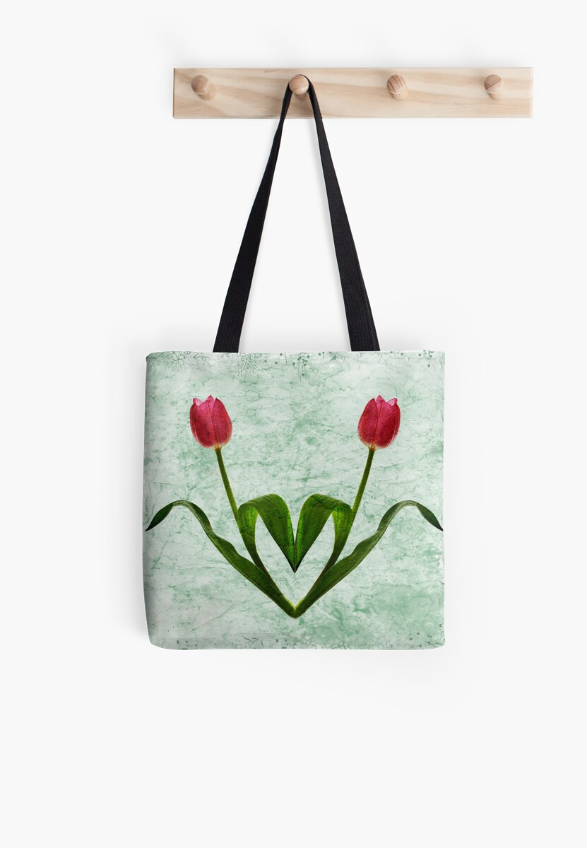 Tulip Heart by Patricia Jacobs DPAGB BPE4