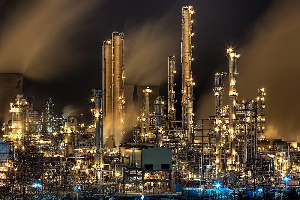 Grangemouth Refinery (2) by Karl Williams