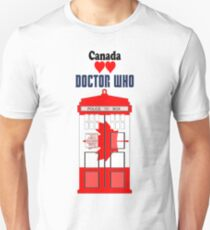 I Heart Doctor Who (Canada TARDIS) T-Shirt
