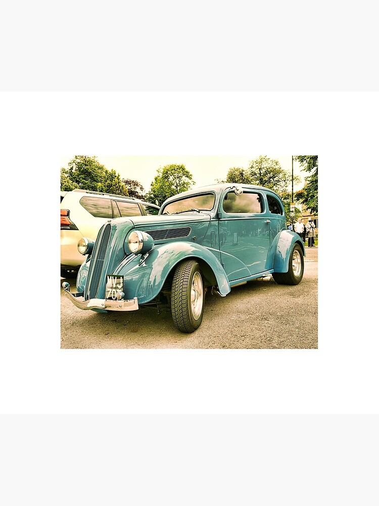 Vintage classic blue car in Cotsworld by santoshputhran
