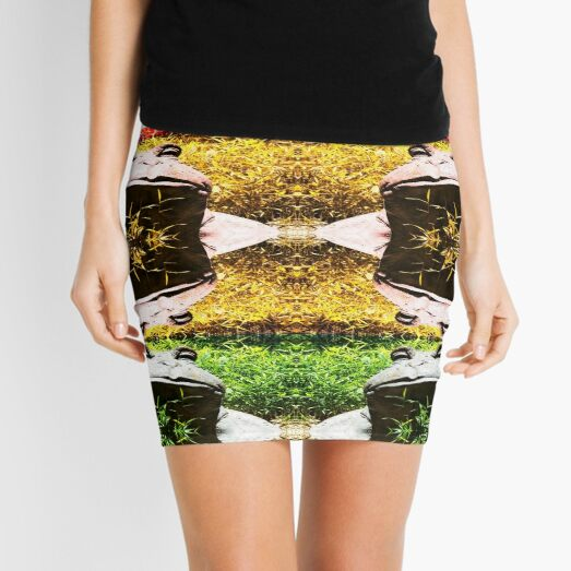 Rasta Frog Vibration Mini Skirt