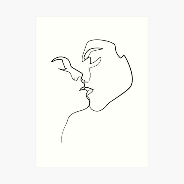 Kiss Art Print