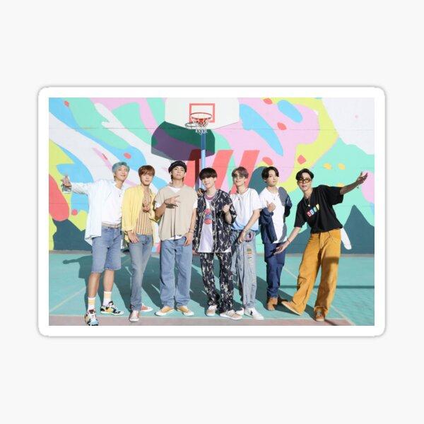 Póster BTS Dynamite - Foto grupal -OT7 - KPOP Pegatina