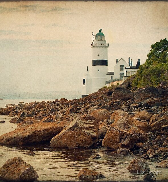 Cloch lighthouse by Liz Scott