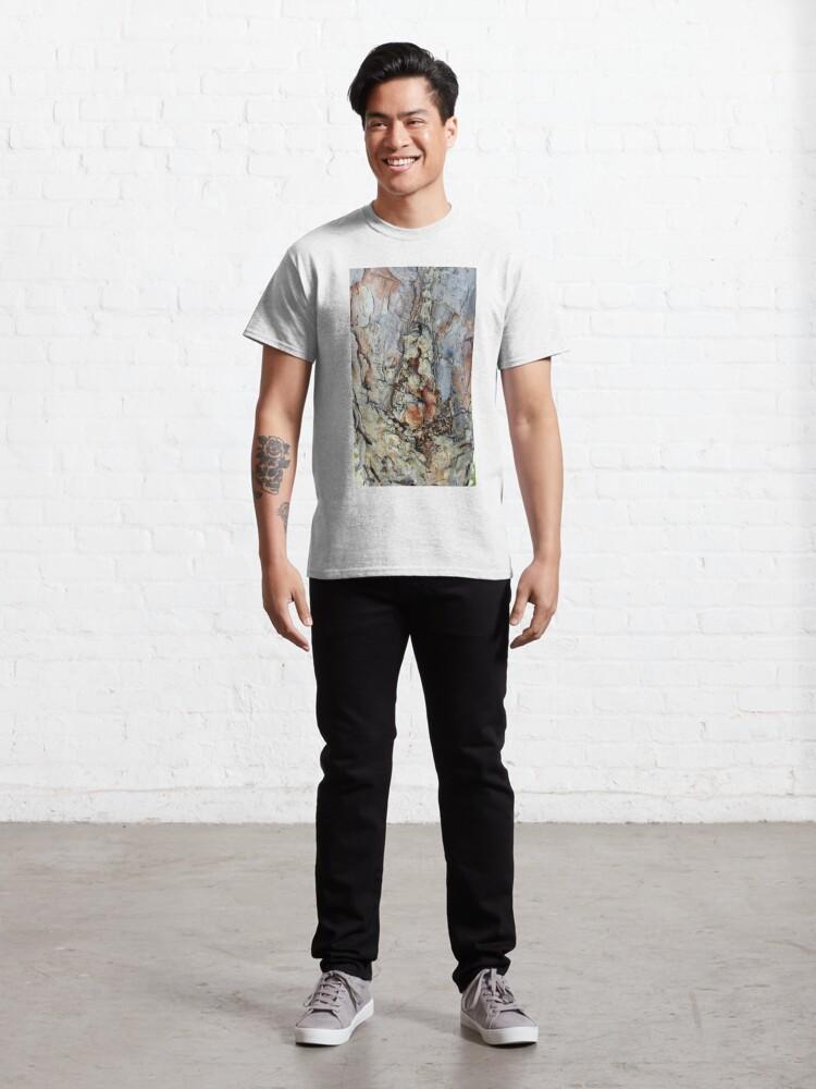 Alternate view of log up close 4 Classic T-Shirt