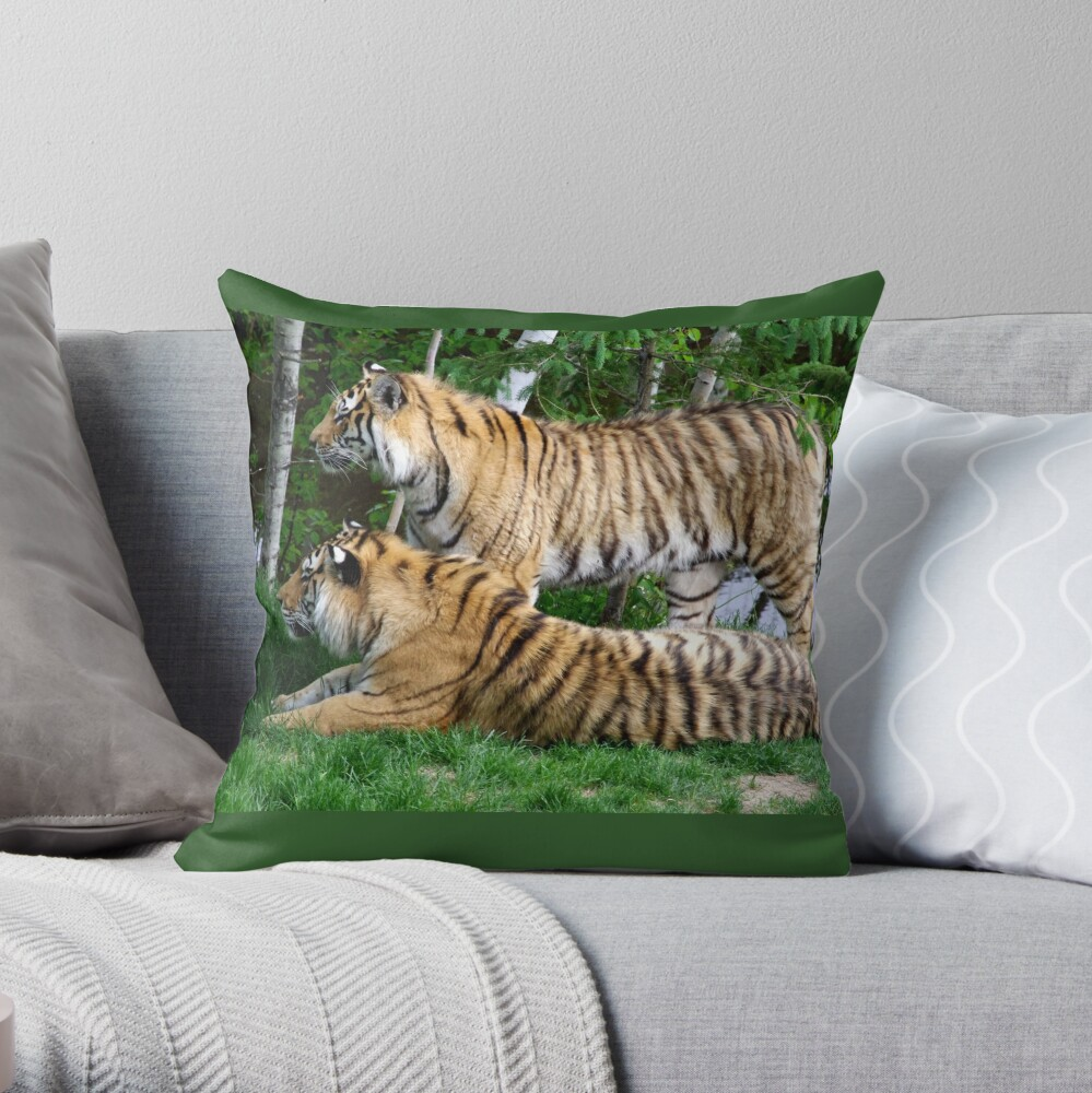 Double tiger Throw Pillow