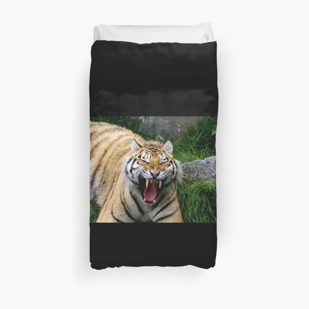 Yawning tiger 2 Duvet Cover