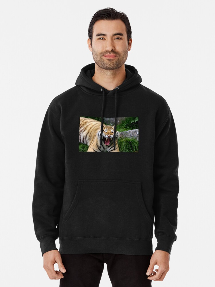 Alternate view of Yawning tiger 2 Pullover Hoodie