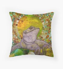 Pomona (Bearded Dragon) Throw Pillow