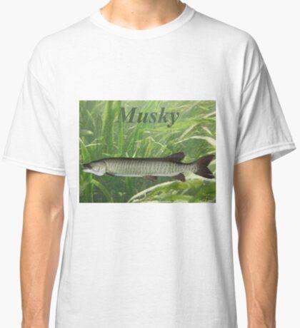MUSKY T-SHIRT Classic T-Shirt