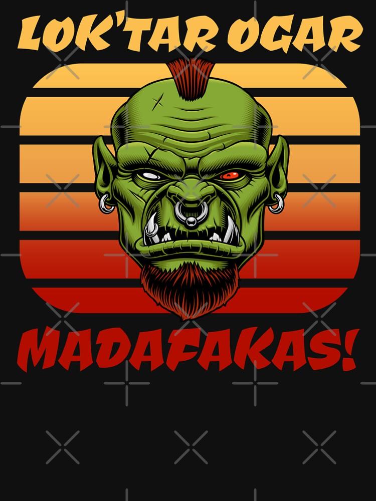 Kultiges MMORPG Motiv: Lok'tar Ogar Madafakas! Ork im Sonnenuntergang von brainbubbles
