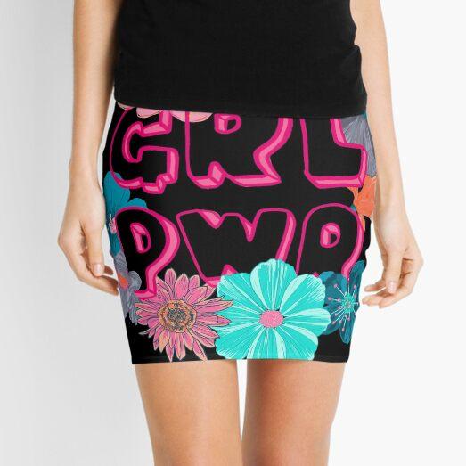 Poder femenino Minifalda