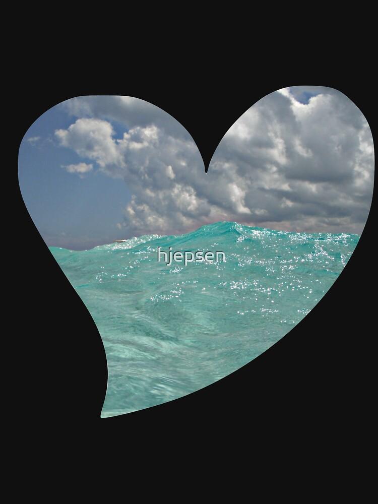 Ocean Waves on a Heart by hjepsen
