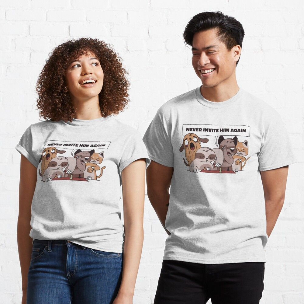 ANIMALS PLAYING WITH SLOTH CHESS Classic T-Shirt