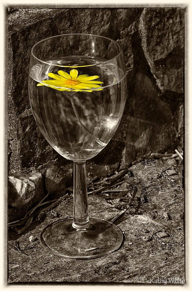 yellow daiy by kathleenjean