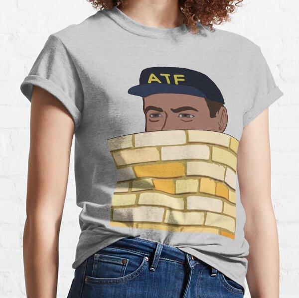 ATF Guy Fence Peeking - Meme, Gun Rights Classic T-Shirt