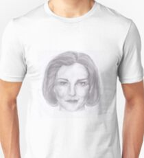 Kate Mulgrew pencil portrait T-Shirt