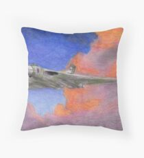 XH558 - The Spirit of Great Britain Throw Pillow