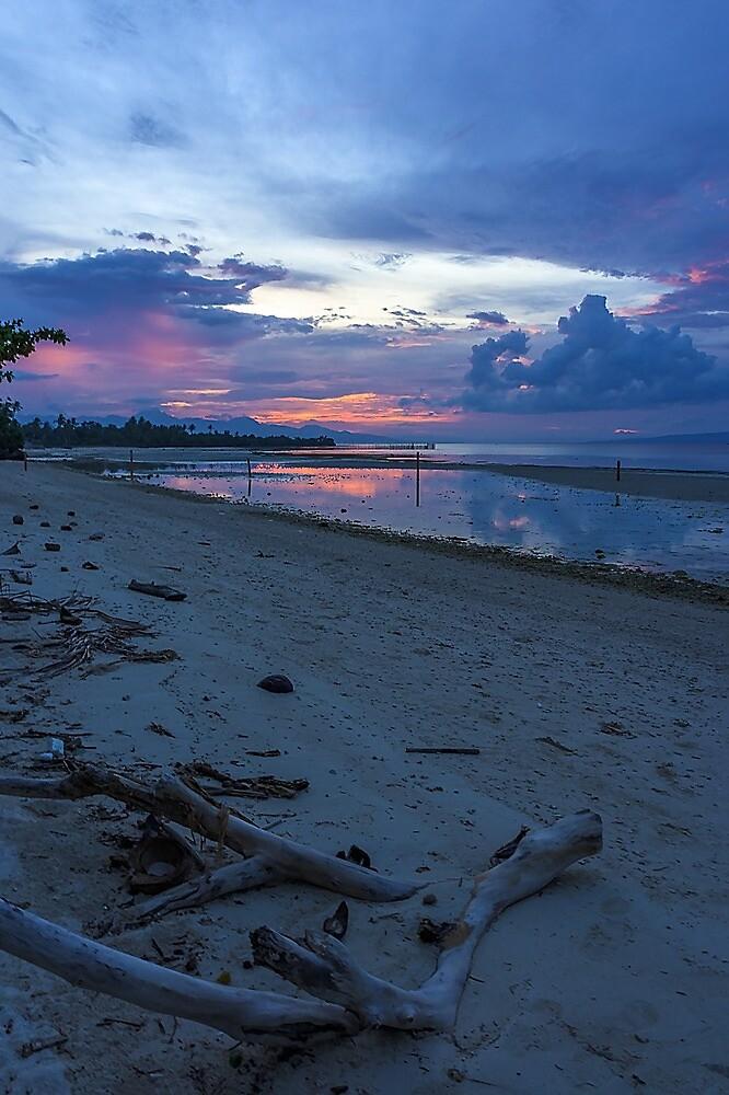 PHILIPPINE SUNSET by likbatonboot