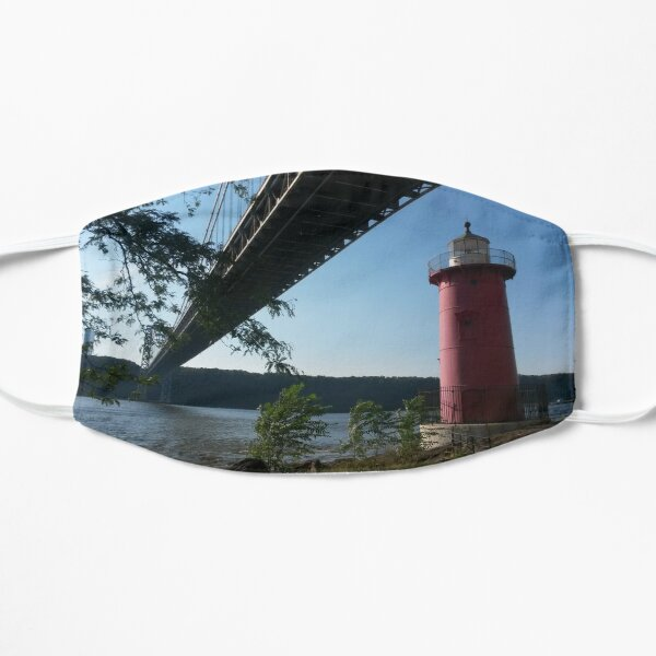 little red lighthouse Flat Mask