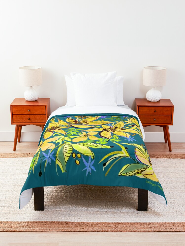 Alternate view of Hawaii Sings Yellow with Flowers Comforter