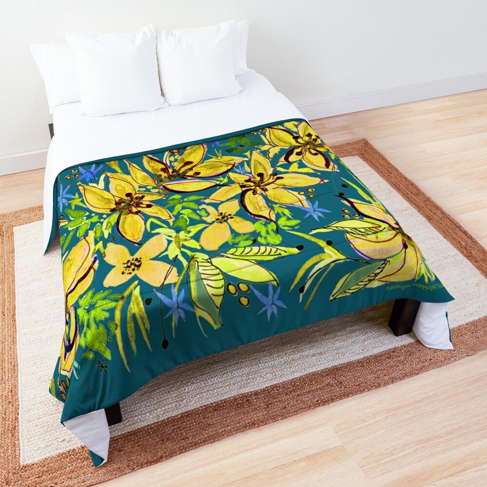 Hawaii Sings Yellow with Flowers Comforter