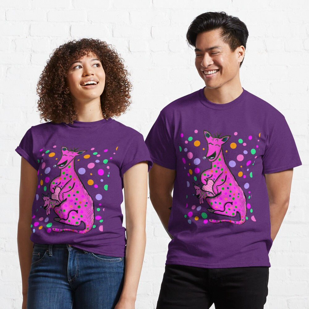 Kangaroo with Baby Laughing Pink Classic T-Shirt