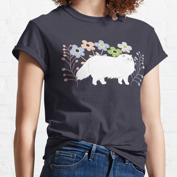 Persian Cat in a Garden Classic T-Shirt
