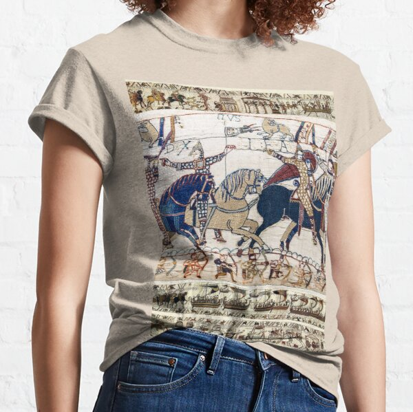 THE BAYEUX TAPESTRY ,BATTLE OF HASTINGS ,NORMAN KNIGHTS HORSEBACK Classic T-Shirt